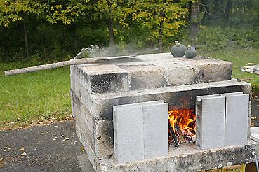 大谷石を使った移動式石窯