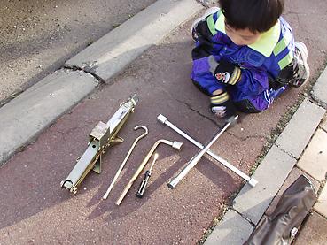 スタットレスタイヤ交換の工具