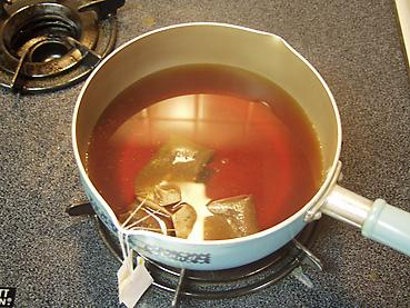 紅茶を抽出